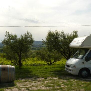 Entre vignes et oliviers : Nyons, Mirabel-aux-baronnies et Grignan